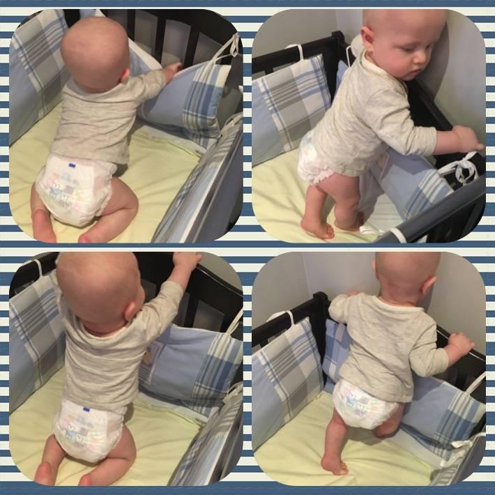 Как быстро научить ребенка вставать на ножки в кроватке, а затем и самостоятельно стоять без опоры?