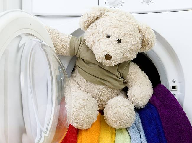 Как стирать мягкие игрушки в стиральной машине автомат и руками в домашних условиях