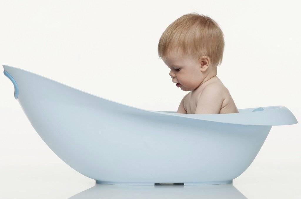 Интимная гигиена новорожденной девочки: как мыть внутренние губы