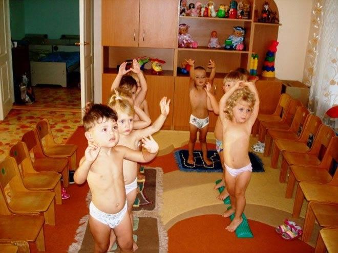 С какого возраста берут малыша в ясли или со скольки лет можно отдать ребенка в ясли или в детский сад: возрастные рамки и особенности, условия оформления