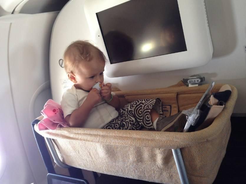 С какого возраста можно путешествовать с ребенком