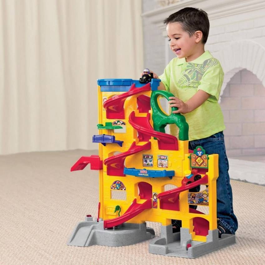 Что подарить мальчику на 3 года - идеи подарков для крестника, сына, внука и племянника