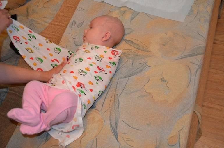 Сколько младенцу можно спать на животе