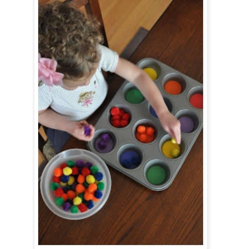 Когда ребенка учить цветам и формам   мама супер!
