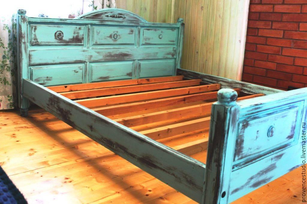 Какой краской лучше покрасить деревянную кровать. чем можно покрасить кроватку новорожденного: выбор безопасного покрытия для реставрации старой деревянной кровати