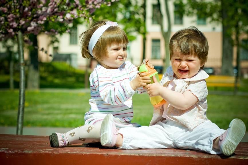 Восемь советов как воспитать в ребенке щедрость