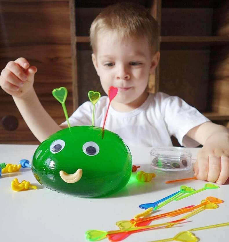 Чем занять и увлечь ребенка в 1 – 2 года