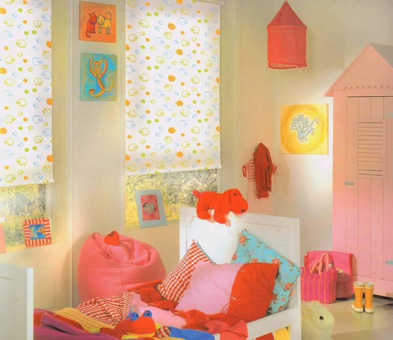 Шторы и занавески в детскую комнату: рулонные, римские, короткие