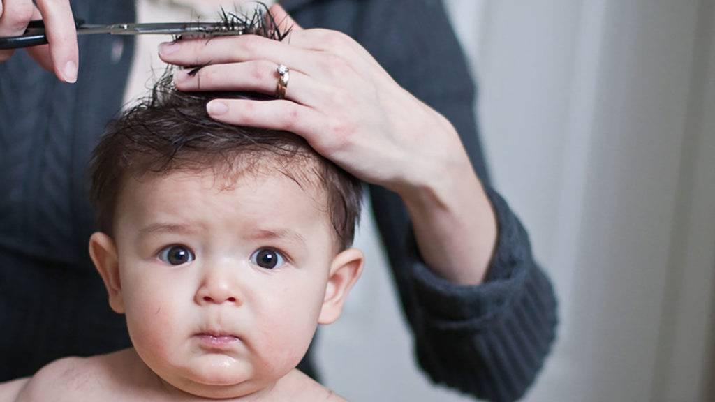 Зачем ребенка стричь в год: первая стрижка новорожденного, что, если он боится? | гигиена | vpolozhenii.com