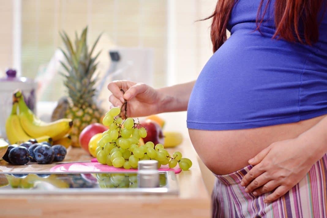Вегетарианство и беременность: опасности и польза | food and health