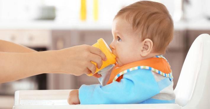 «прощай, бутылочка», или как научить ребенка пить из кружки?
