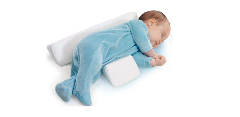 Можно ли новорожденному спать на спине или боку и есть ли от этого вред