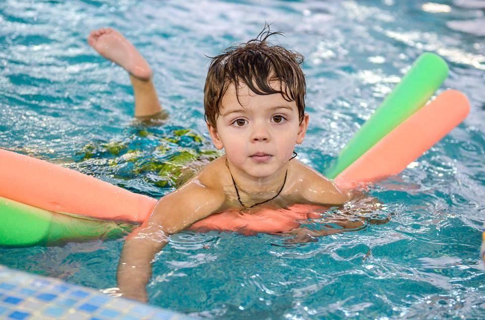 Как научиться плавать кролем