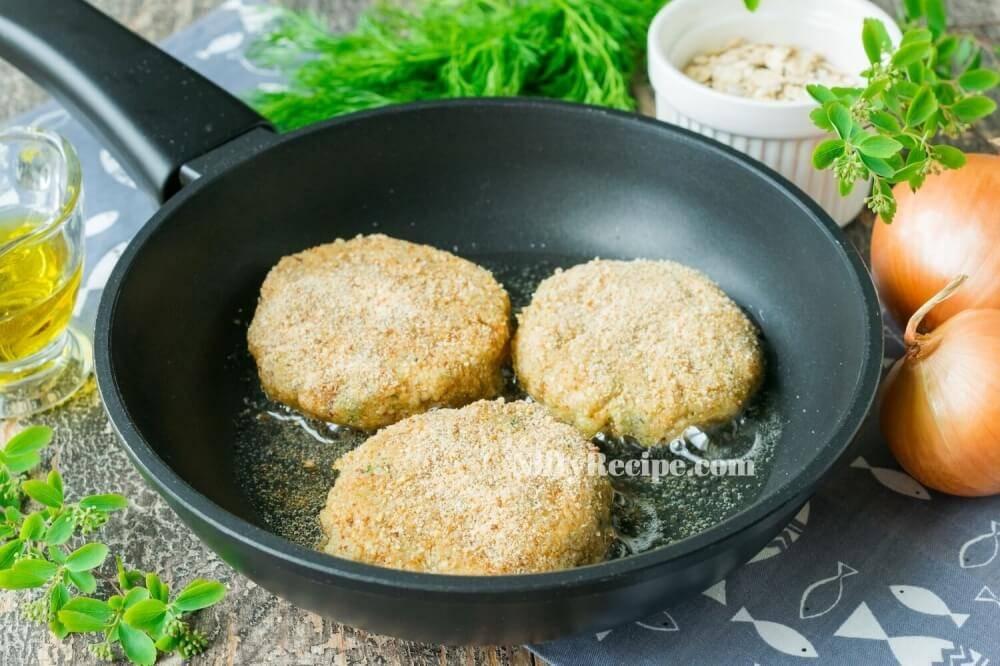 Рыбные котлеты на пару, диетические: 7 полезных рецептов