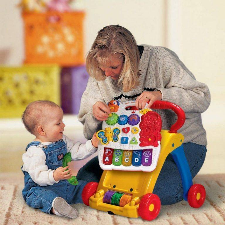 Развитие ребенка в 1 год 11 месяцев