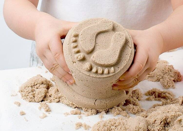 Как сделать кинетический песок в домашних условиях для ребенка