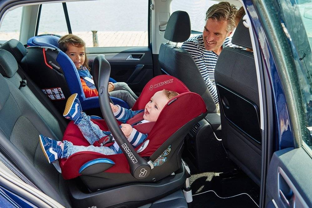 Можно ли перевозить ребенка в бескаркасном кресле | rusdolgi.ru