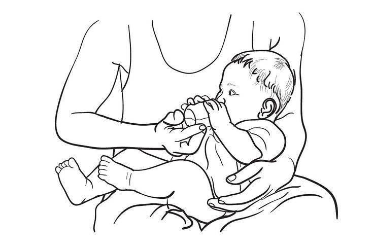 Как кормить младенца смесью из бутылочки