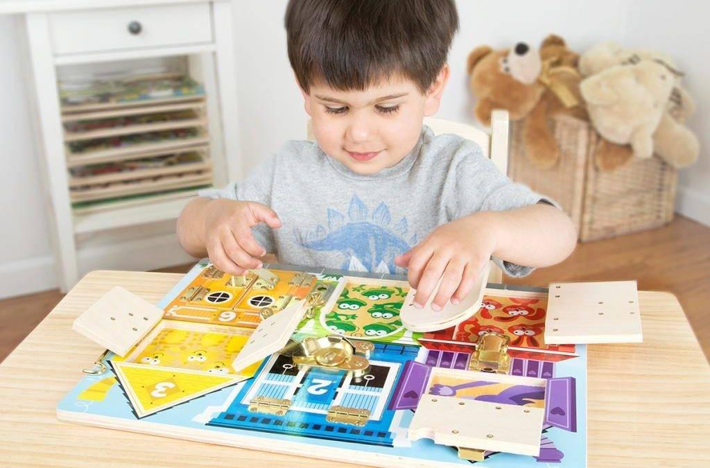 Чем занять ребенка в 3 года дома: развивающие игры по возрасту