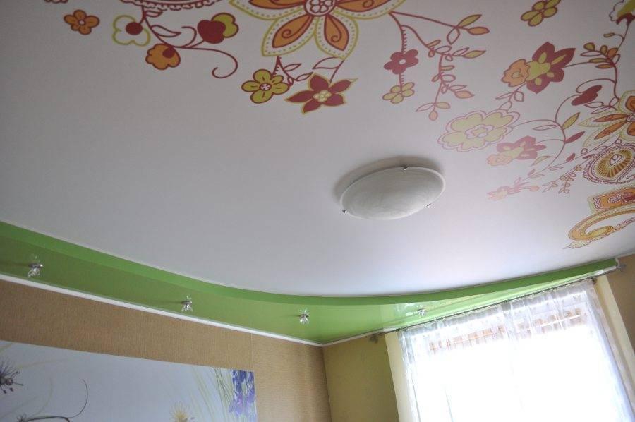 Комбинированные гипсокартонные и натяжные потолки: 65+ фото, избранные идеи