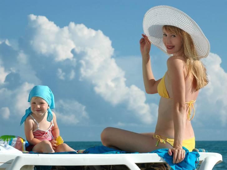 Солярий при грудном вскармливании: можно ли кормящей маме ходить в солярий?