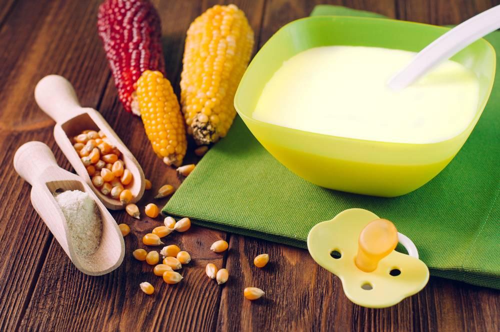 Кукурузная каша для грудного ребенка: правила, сроки введения прикорма, польза и вред