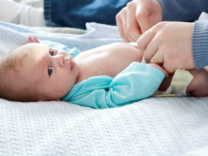 Статья: уход за пупком новорождённого