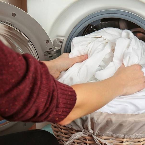 Чем стирать детские вещи для новорожденных в стиральной машине?