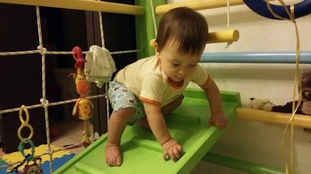 Как научить ребенка 2-3 лет играть самостоятельно