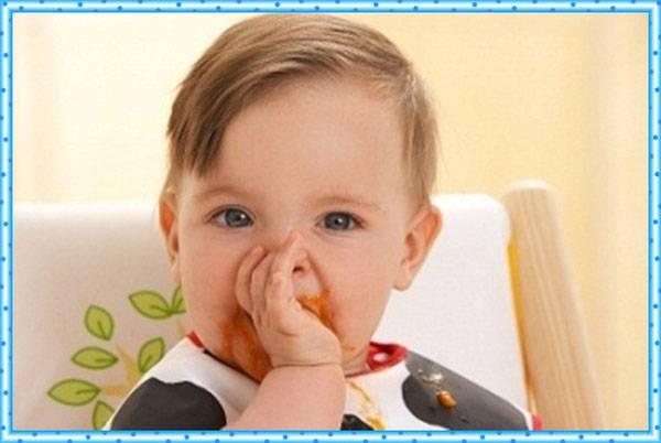 Как и в каком возрасте отучать ребенка от сосания пальчика? - страна мам