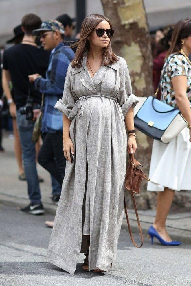 Как красиво одеваться во время беременности?