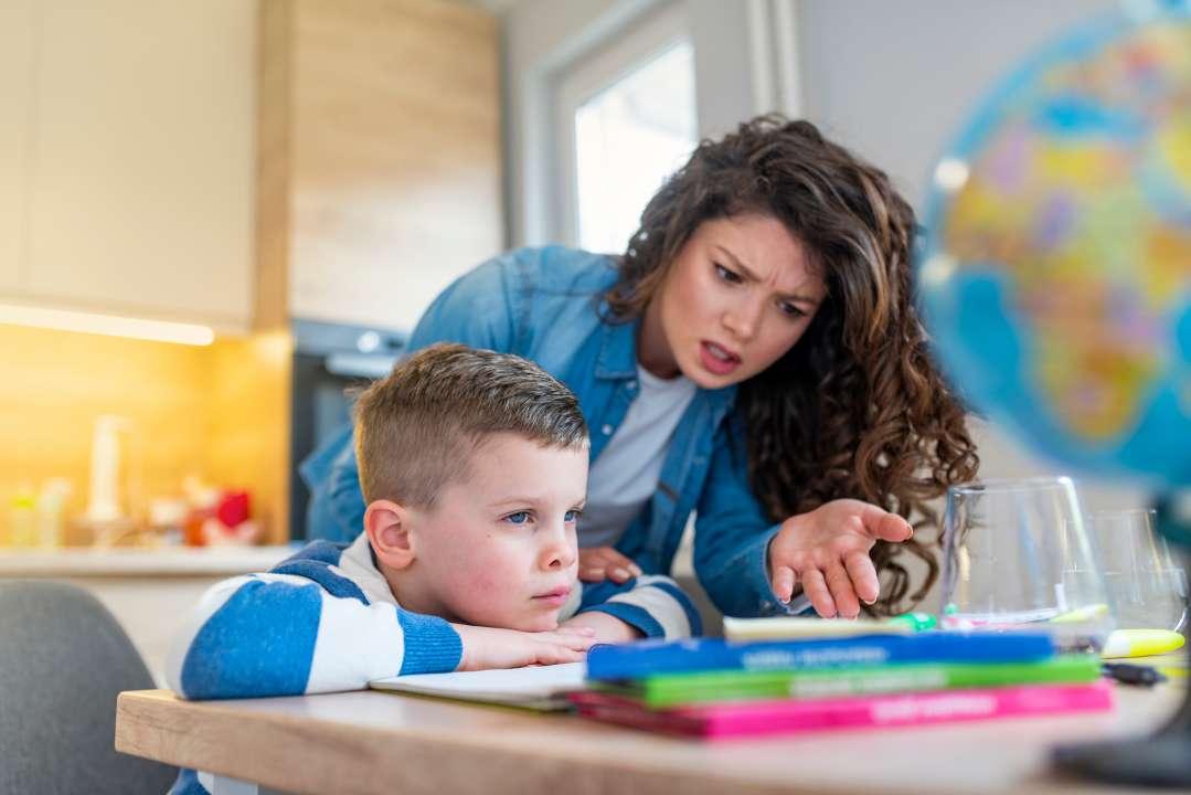 Как заставить ребенка учиться: топ-10 способов