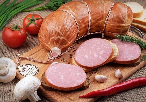 Можно ли сосиски при грудном вскармливании, колбасы, сардельки