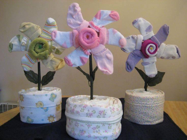 Букет из памперсов — отличный подарок для новорожденных | babynappy