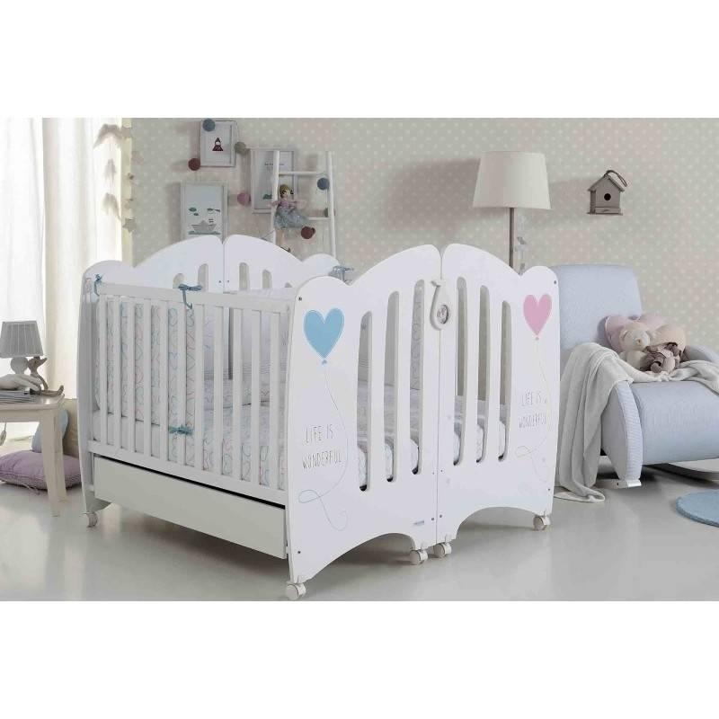 Детские кроватки для двойни новорожденных