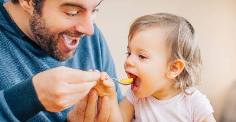 С какого возраста можно давать кукурузу ребенку: можно ли дать до году грудничку