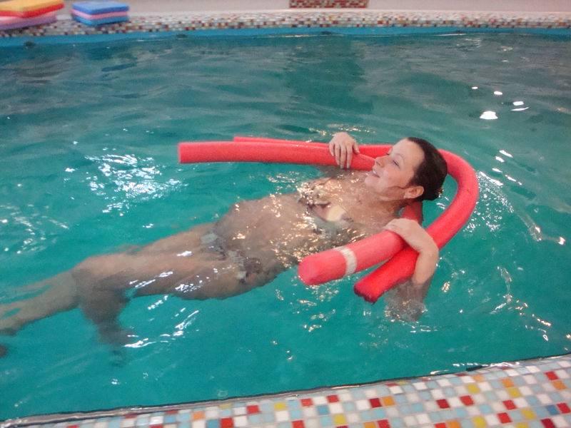 Можно ли беременным ходить в общественный бассейн. можно ли беременным в бассейн вместе с остальными