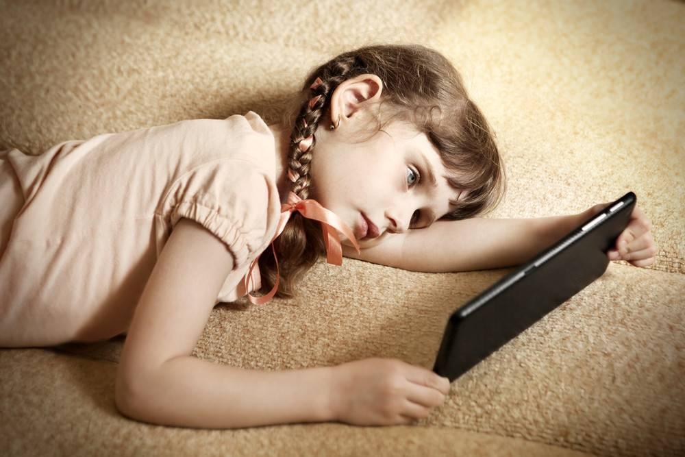 Ленивый ребенок: как приучить детей к труду