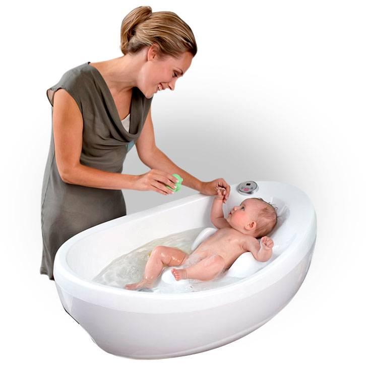 Выбираем ванночки для купания новорожденных — особенности складных, анатомических и других видов