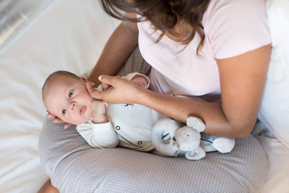 Как разбудить ребёнка для кормления? рекомендации