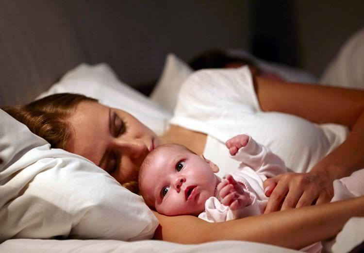 Как уложить ребенка спать без кормления грудью?
