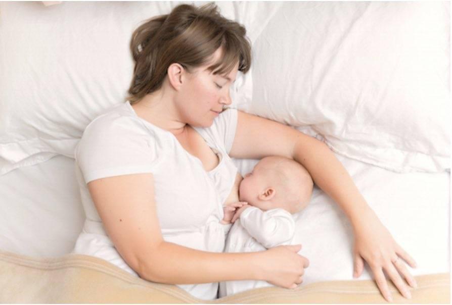 Ребенок не берет грудь: что делать и какие основные причины
