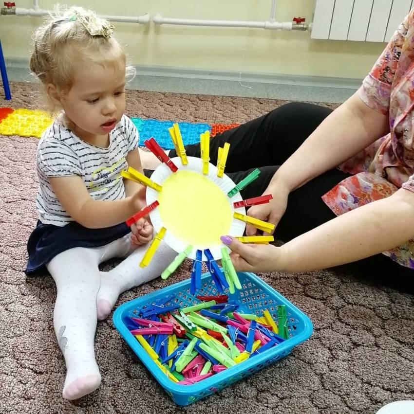 Интересные детские развивающие игрушки своими руками