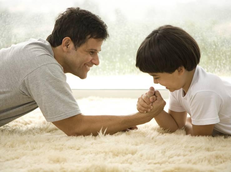 Воспитание ребенка - как привлечь мужа к уходу за грудничком
