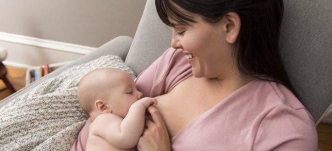 Почему ребенок отказывается от груди в месяц и старше?