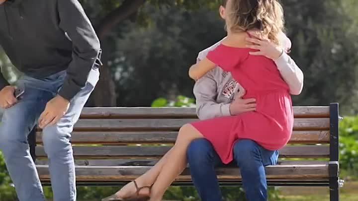 Грудное вскармливание в общественных местах
