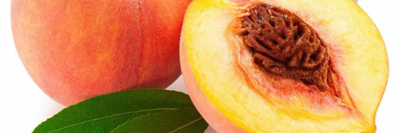 Персики при грудном вскармливании: их польза и введение в рацион