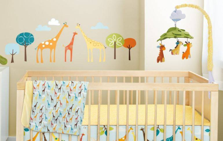 Мобиль на кроватку для новорожденных (106 фото): музыкальные мобили с проектором и карусель от tiny love и отзывы