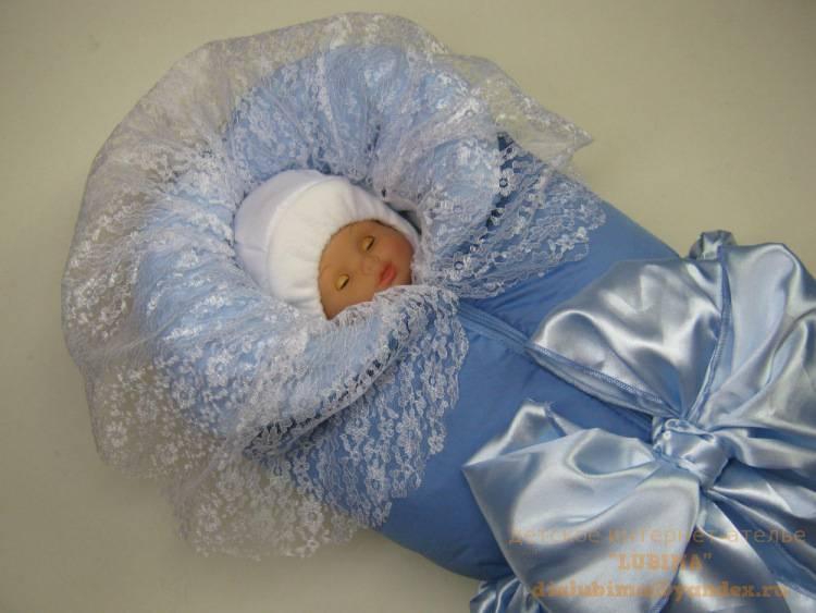 Уголок на выписку для новорожденного