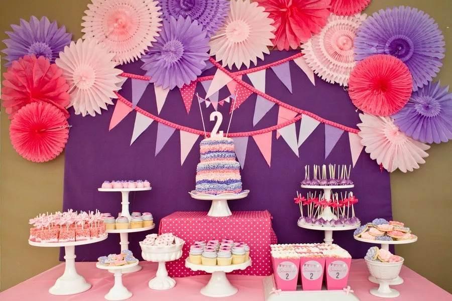 Как украсить комнату на выписку из роддома? украшения для девочек и для мальчиков, оформление квартиры воздушными шарами и другими элементами